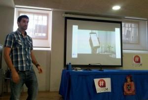 Ricardo Gil durante su charla en #JuevesForSM